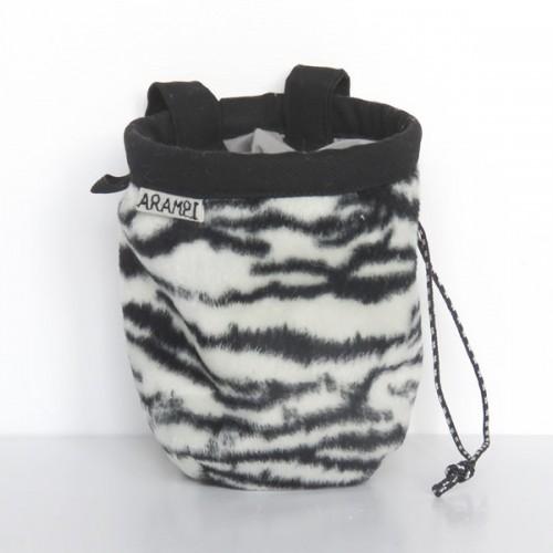 woreczek na magnezję zebra