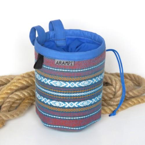 worek na magnezję niebieskie paski1